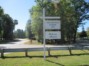 Holderness School entrance