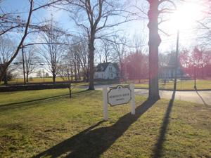 Pomfret school entrance