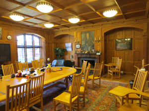 Faculty meeting room