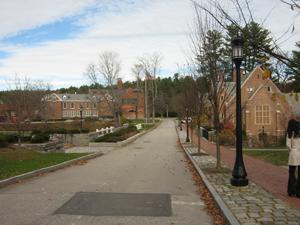 Road to main campus